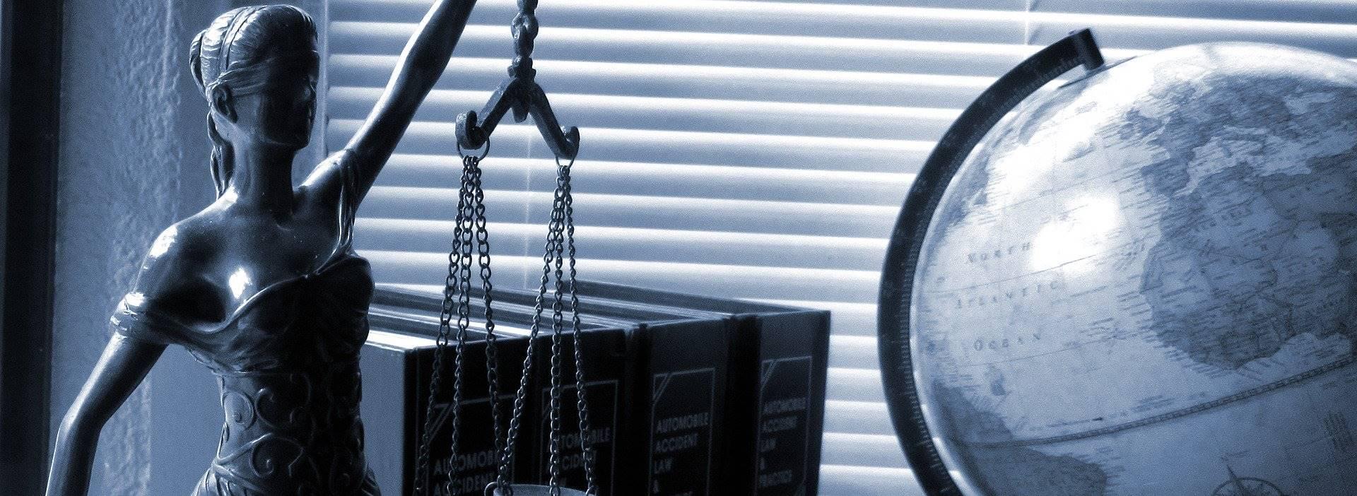 Dobrowolne poddanie się karze i skazanie bez przeprowadzenia rozprawy